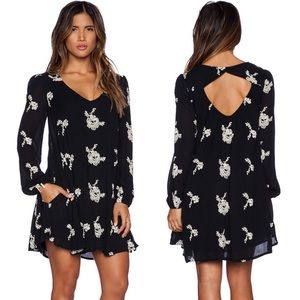 Free People Emma Austin Embroidered Mini Dress szS